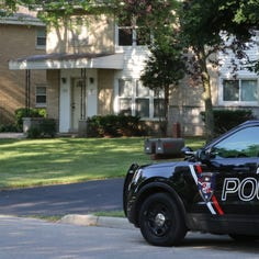 Residents near home invasion receive alert from Tosa Police seeking clues