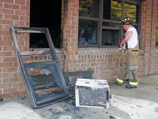 -Pinelands High Fire 01.jpg_20140604.jpg