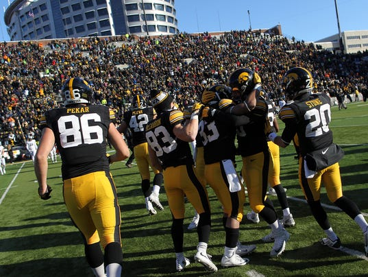 635911412705739738-IOW-1121-Iowa-fb-vs-Purdue-34.jpg