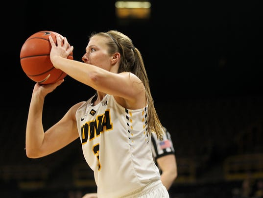 636197686486739389-IOW-0111-Iowa-vs-Illinois-wbb-14.jpg