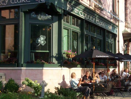County-Clare-Irish-Pub-Milwaukee-Wisc-exterior-1.jpg