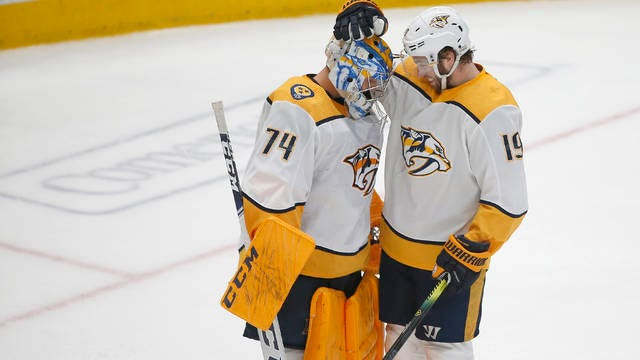 Calle Jarnkrok (19) congratulates Juuse Saros after the Nashville Predators goalkeeper shut out the Dallas Stars for the second time in three days. Saros had 37 saves in the Preds' 1-0 road win Saturday, after stopping 33 shots in Thursday's 2-0 victory at Bridgestone Arena.