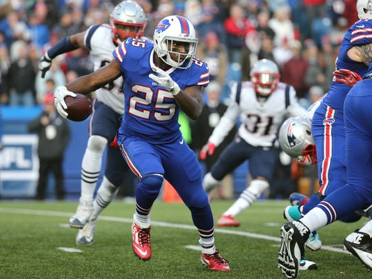 Bills running back LeSean McCoy looks to get to the outside against the Patriots.