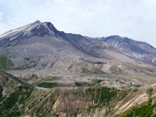 Swarms of quakes at Mount St. Helens suggest recharge