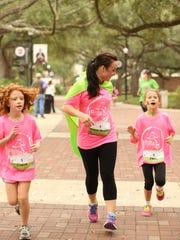 Girls on the Run program teachers girls social skills
