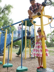 Iris Helfner, 6, and her brother Michael Helfner, 9,