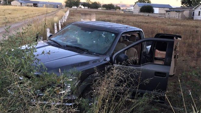 Three men were found shot to death in a pickup Sunday in Campo Menonita 35 in Chihuahua.