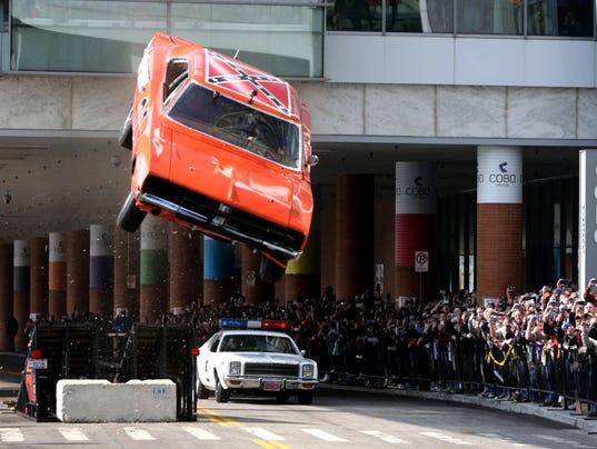'Dukes of Hazzard' car jumps ramp, crash lands The Dukes Of Hazzard 2017 Car