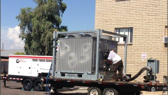 La ordenanza de la ciudad también exige que los sistemas de calefacción, refrigeración y ventilación en cualquier edificio se mantengan sin riesgos, en funcionamiento y en buen estado.