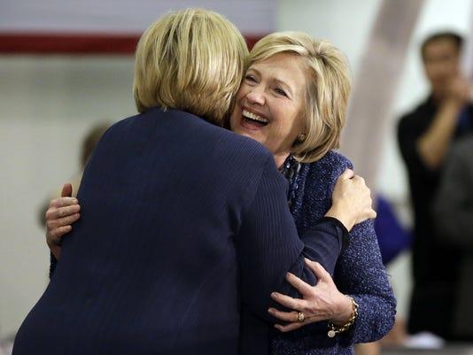 Hillary Clinton, Claire McCaskill