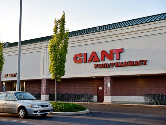 Giant won a third York County liquor license at auction,