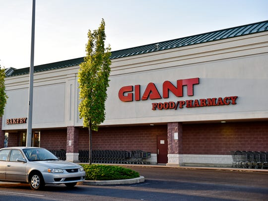 Giant won a third York County liquor license at auction, announced on Tuesday.