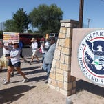Governors in U.S.-Mexico border states largely absent on migrant family separation