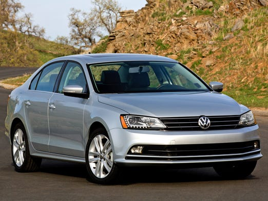 The VW Jetta gets some subtle exterior tweaks for 2015, along with updated technology and features.