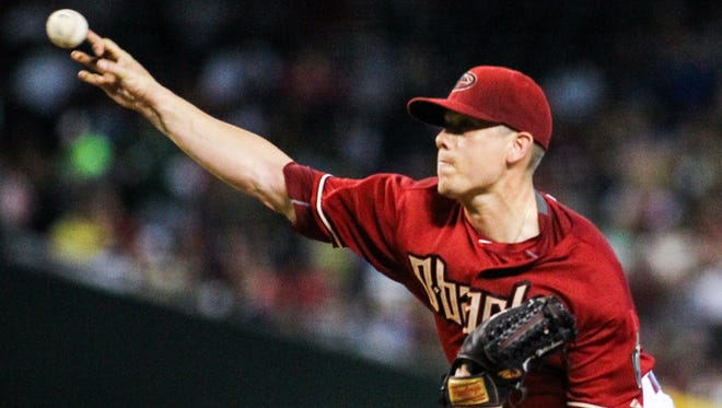 Arizona Diamondbacks pitcher Jeremy Hellickson throws during the first inning at Chase Field in Phoenix on Sunday, July 26, 2015.