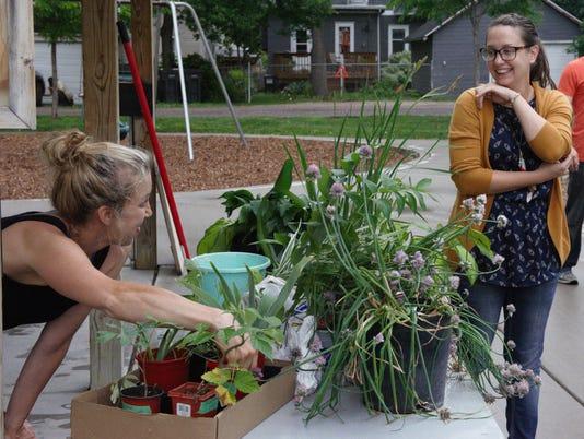 Plant Swap Pret