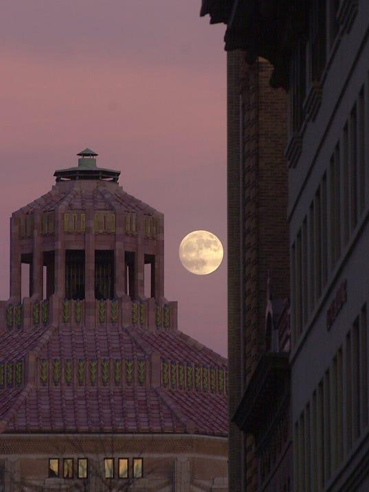 Asheville full moon.jpg