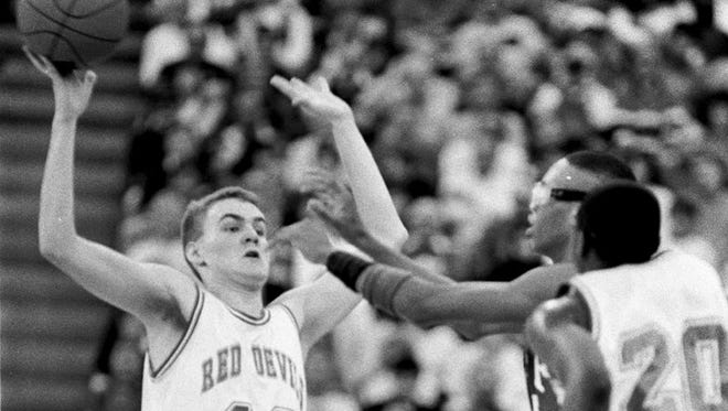 Rob Zinkan (42) was a starter for Richmond's 1992 state championship team.