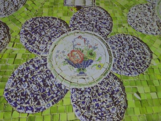 Becky Savitz, MGC speaker, also makes mosaics from