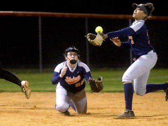 Blackman's Kalei Harding (7) attempts to make a play at shortstop during a Lady Blaze game in 2017. Harding committed to Florida State on Thursday.