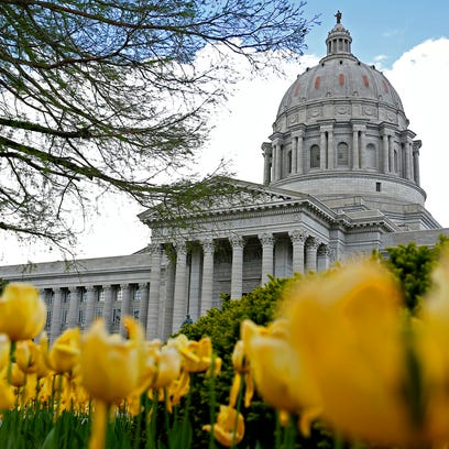 The Missouri State Capitol as seen from its grounds
