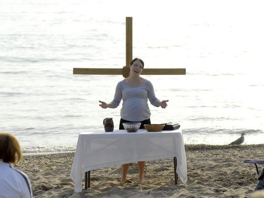 First Presbyterian worships on the beach - lower