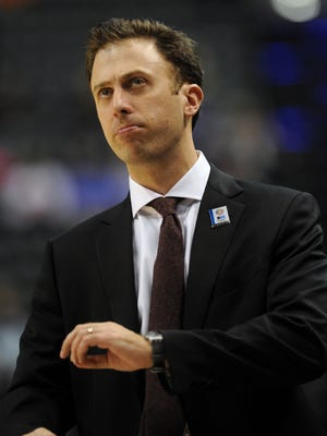 Richard Pitino's Minnesota Gophers are 6-1 coming into a Pentagon game with Vanderbilt.