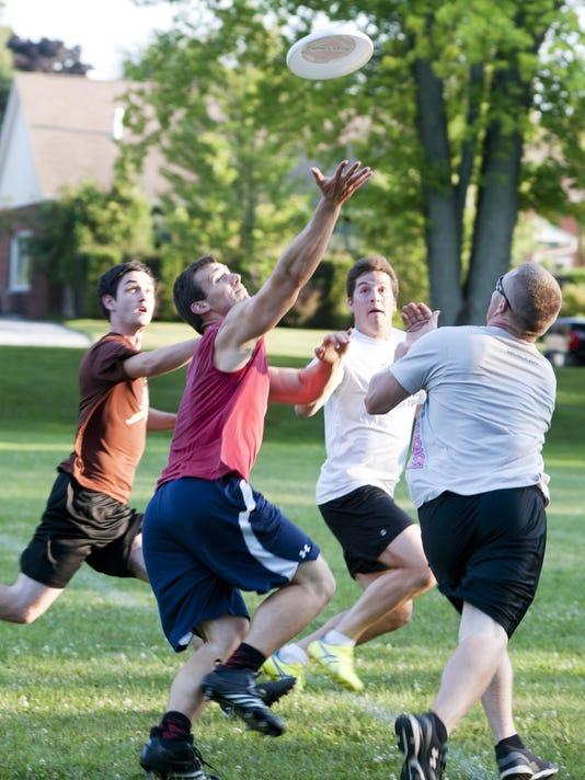 Ultimate Frisbee_MAN_03