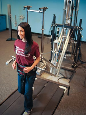 Engineering Graduate student Gabriela Anguiano-Molina at the Reduced-Gravity & Biomechanics Lab .