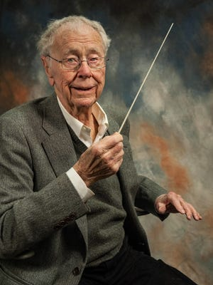 Dudley Birder will retire June 1 as artistic director of the Dudley Birder Chorale, the 150-voice choir he founded in 1974. Birder turns 91 later this month.