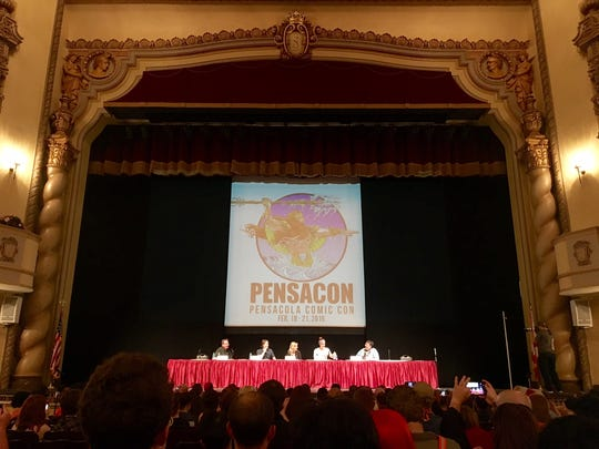 "The ""Mallrats"" panel discussion at the Saenger Theater."