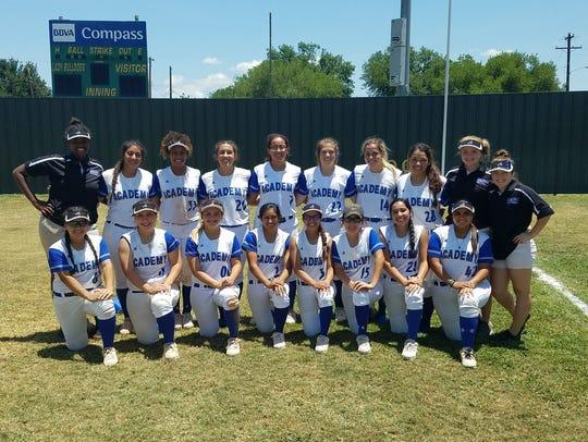 The Santa Gertrudis Academy softball team 2016-17.