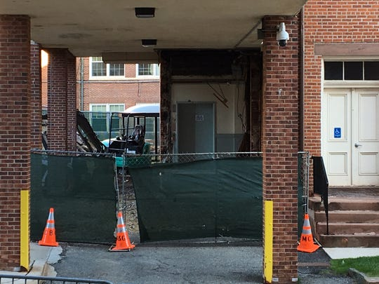 A new entrance to the Morris County courthouse is being constructed on the Court Street side of the historic structure.