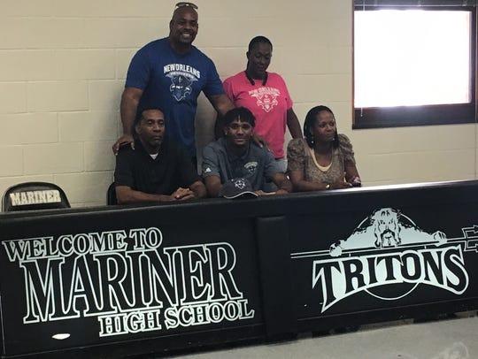 Mariner High basketball player Jahmel Myers signed