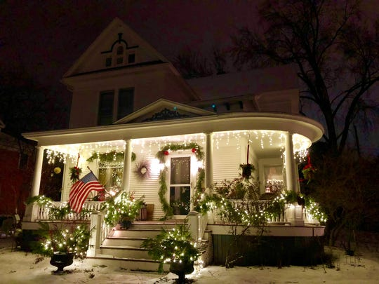 Traditional Christmas display at 811 Fulton St. in