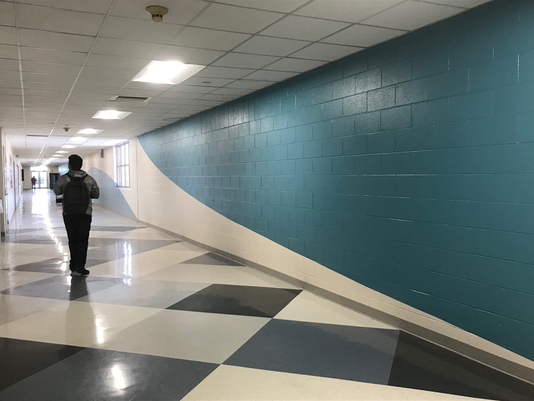 636530231346729418-Robstown-High-Hallway.png