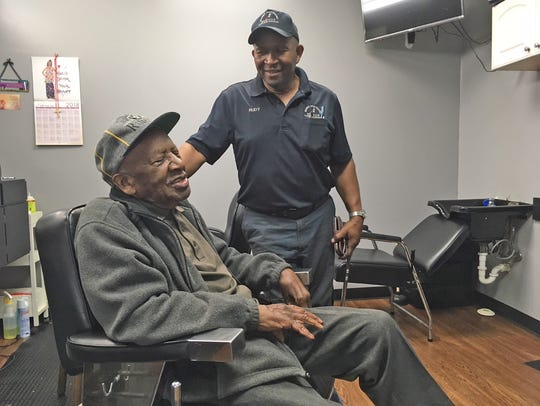 Harold Agnew shares a laugh with good friend Rudy Warner.