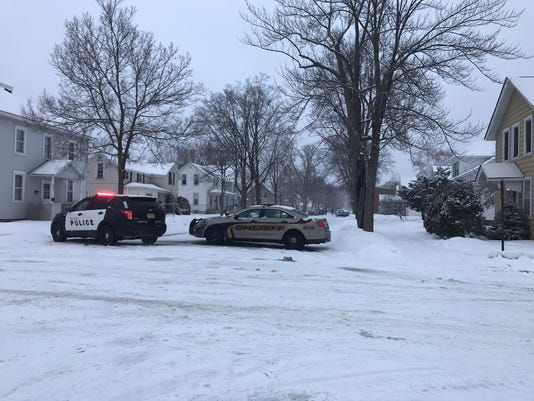 636549717809503849-Wausau-police-on-Maple-Street.jpeg