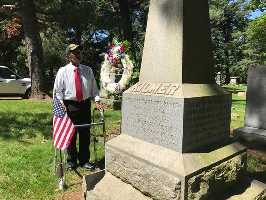 Veteran Leonard Aarons of Franklin (Somerset County)