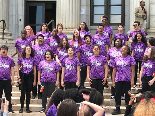 Students from Thomas Jefferson Arts Academy Acapella
