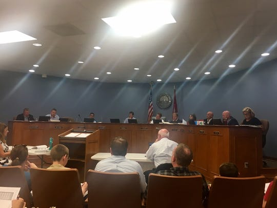 Spring Hill officials voted Monday to kill an ordinance