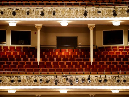 During Music Hall renovations, about 1,000 seats were cut to extend the stage, to increase the size of the seat and to improve sight lines.