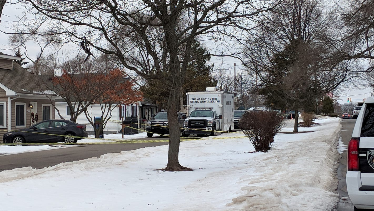 Keego Harbor family found dead in apparent murder-suicide died of gunshot wounds
