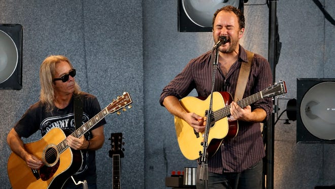 """Dave Matthews, right, and Tim Reynolds play """"Two Step"""" as the Dave Matthews Band performs Friday at Klipsch Music Center."""