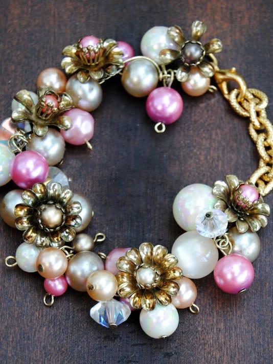 -dcn 1217 greco reclaimed jewelry 2.jpg_20141210.jpg