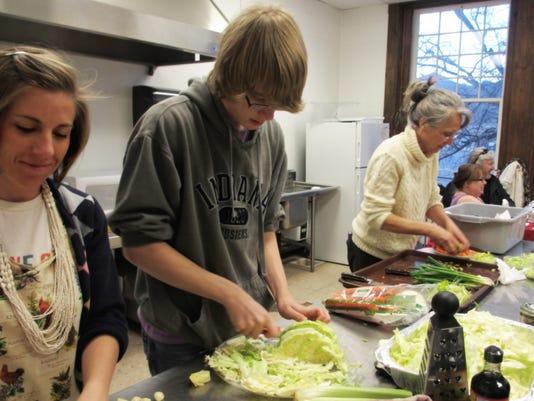 REN0318 MV dayton cooking class.jpg