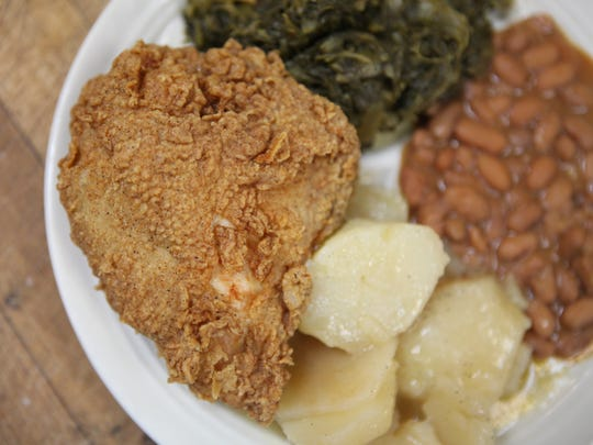 Fried chicken from Strawn's Eat Shop on King's Highway in Shreveport.