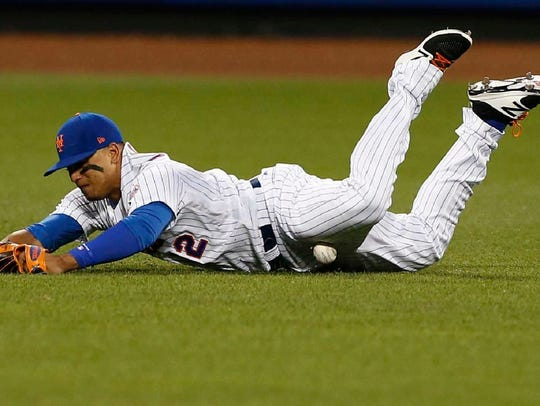 Juan Lagares injured himself while diving on this play