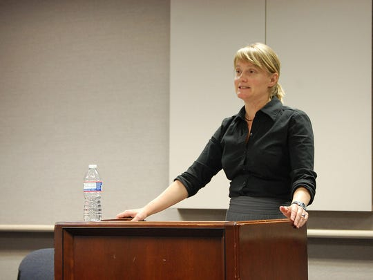 Megan Rhyne, the executive director of the Virginia Coalition for Open Government, spoke to the Virginia Professional Chapter of the Society of Professional Journalists on March 19 concerning the General Assembly and the Freedom of Information Act.