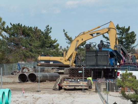 Rehoboth Beach outfall work being completed near Deauville